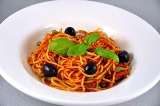 Skinny Spaghetti alla Puttanesca